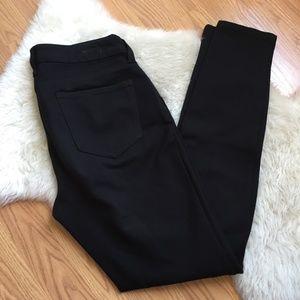 Kut from the Kloth Mia Ponte Skinny Black Pants